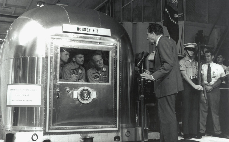 Nixon greets returning astronauts (Nasa.gov)