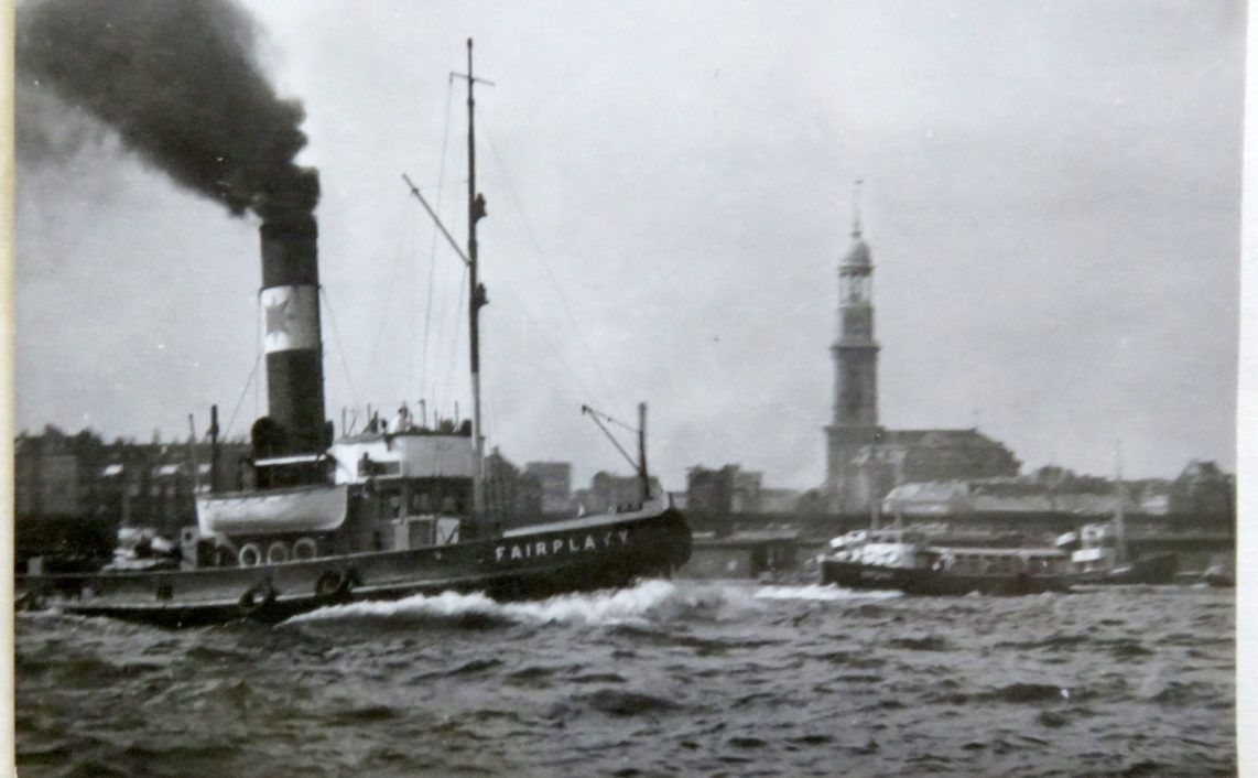 1957 photo taken by Horst Klein of Hamburg Harbour